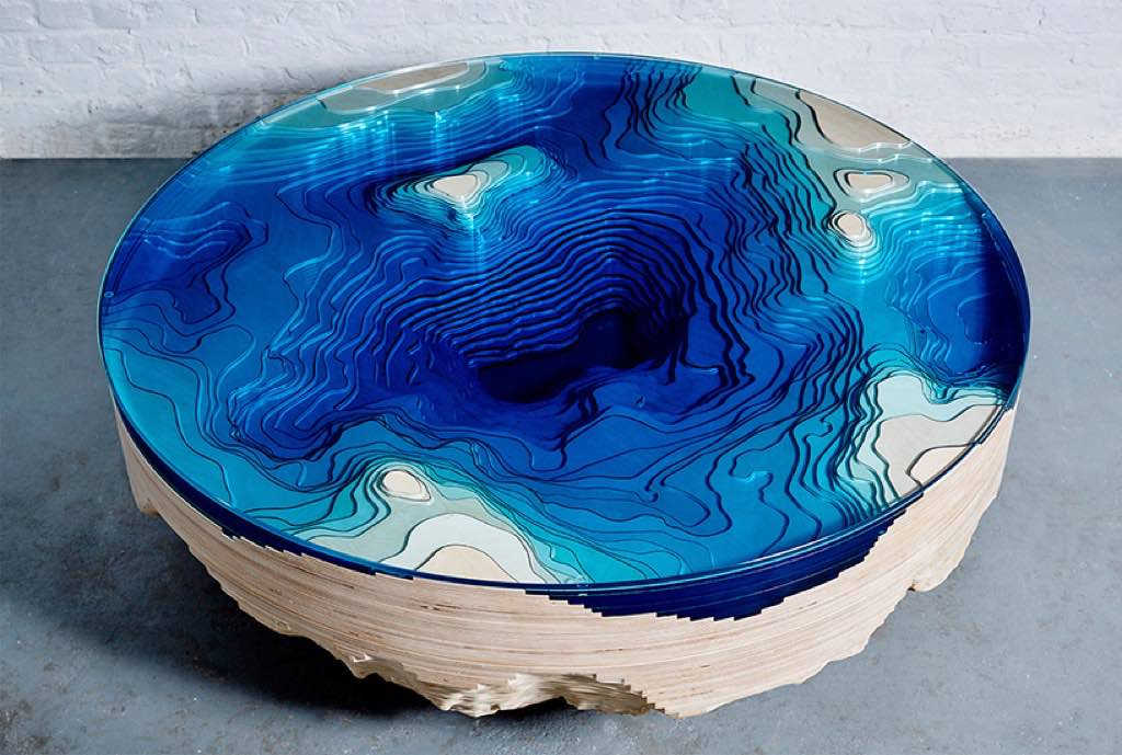 duffy-london-abyss-horizon-table-designboom-01