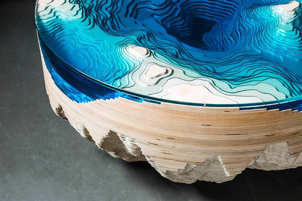 duffy-london-abyss-horizon-table-designboom-04