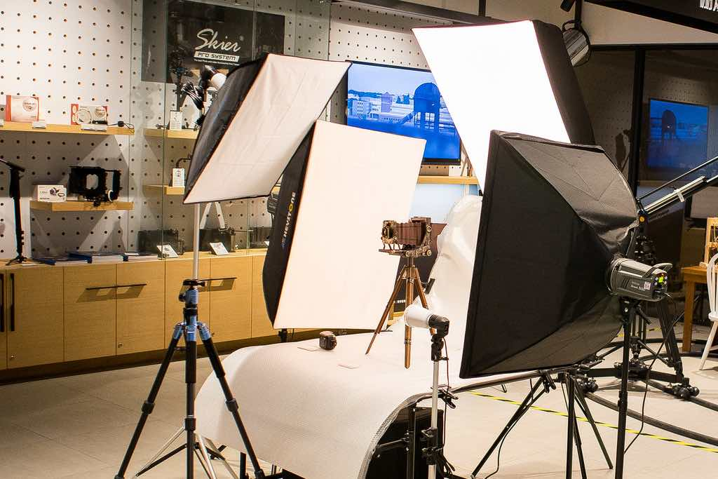 「棚燈」「持續燈」傻傻搞不清楚,想學攝影我該買哪種呢?