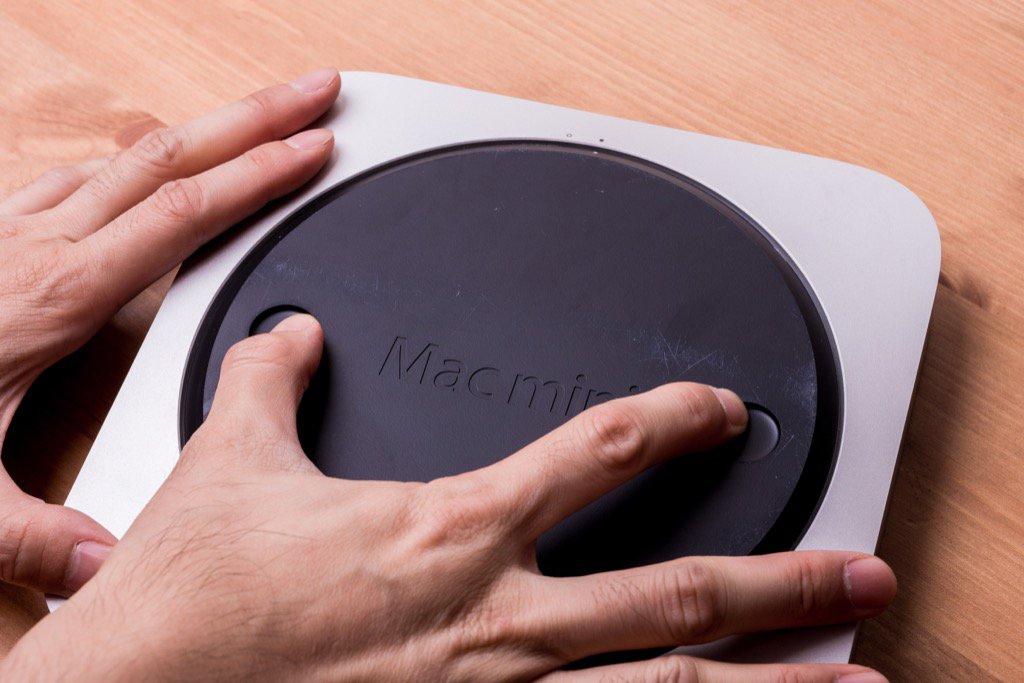 Mac mini 容量不夠大、速度不夠快?那就幫他換顆 SSD 與新硬碟上去吧!(鋁合金版)