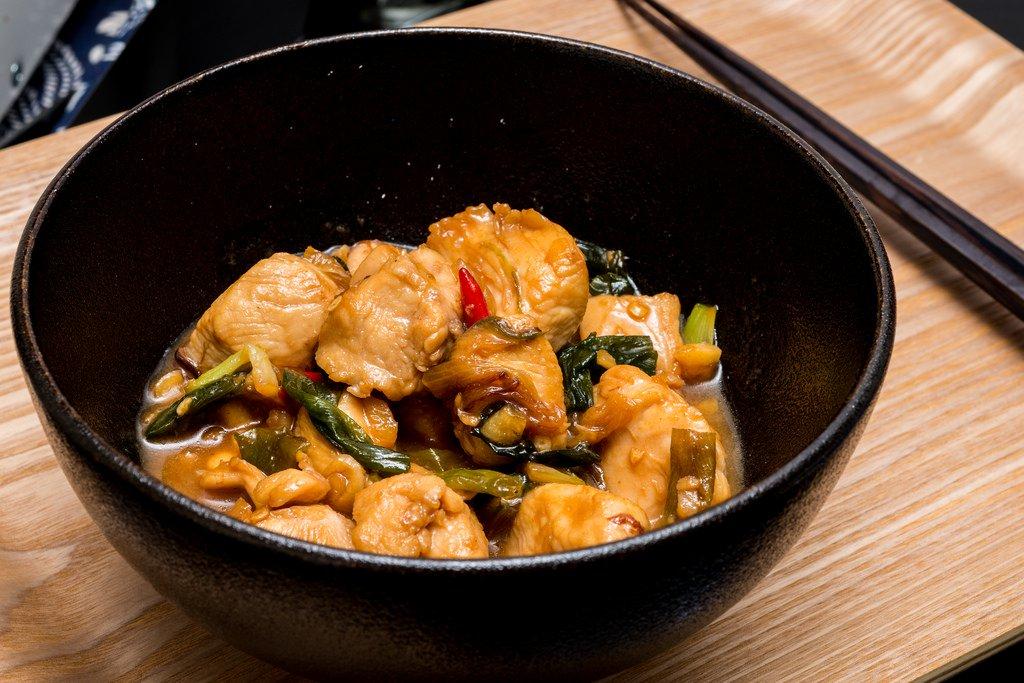 電磁爐快炒第二彈!超級下飯的「蔥燒雞肉」,讓你連吃好幾碗飯!