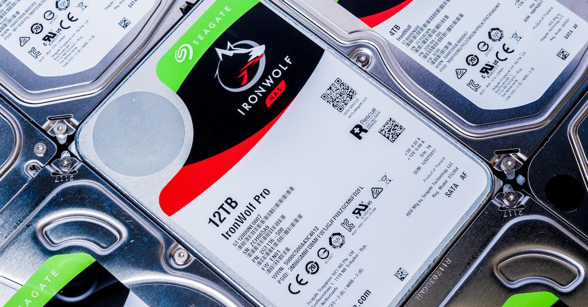Seagate Ironwolf Pro 氦氣硬碟技術再突破!又快又大的 12TB NAS 專用碟值得購買嗎?
